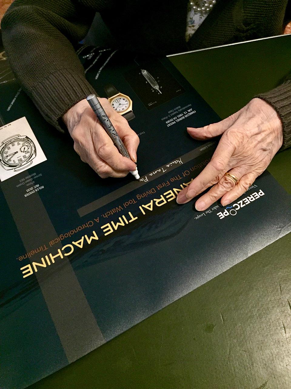 170521-villino-panerai-maria-signing