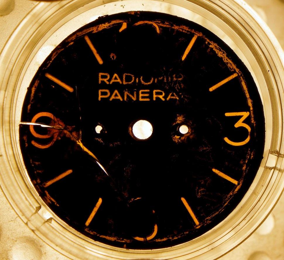 170812-panerai-3646-1010039-resto-dial-layer