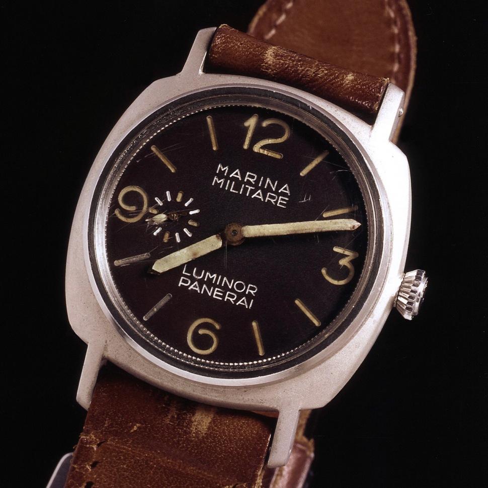 170924-panerai-3646-welded-lugs-archivio-storico-front