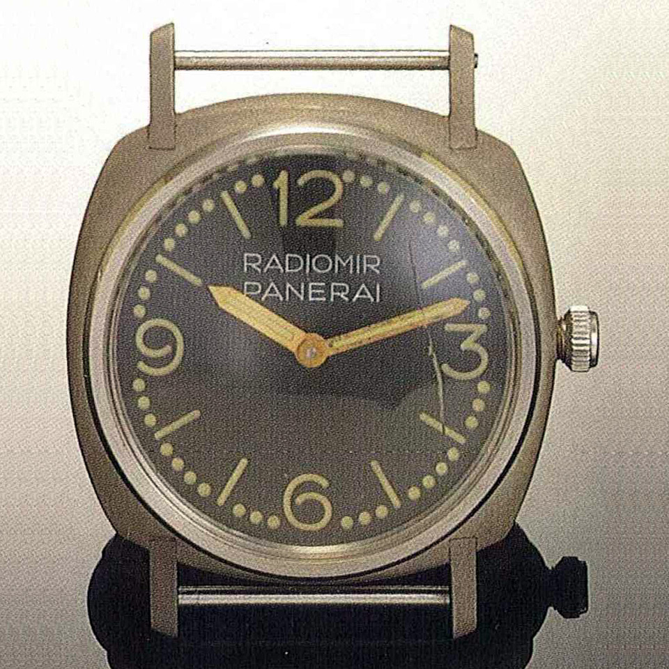 170926-panerai-3646-welded-radiomir-doted-dial