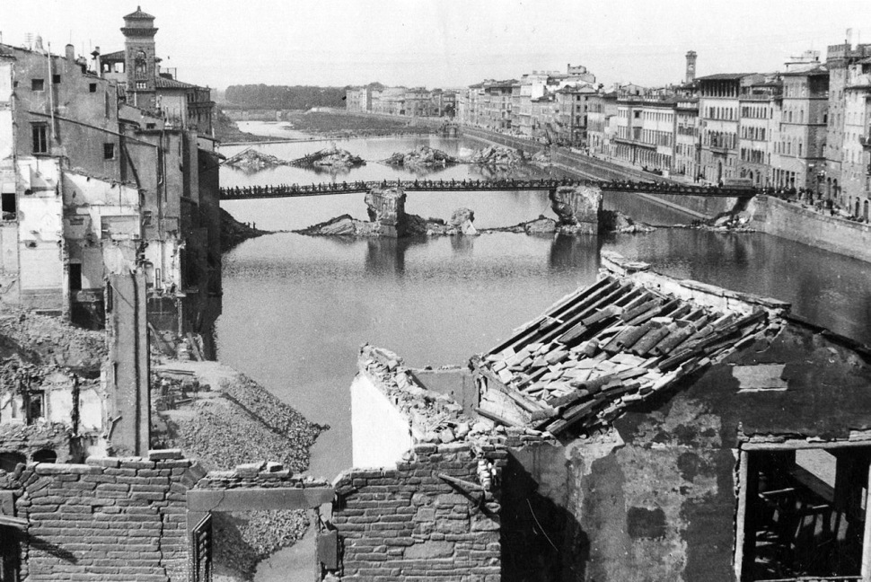 170928_florence_bridges_destroyed