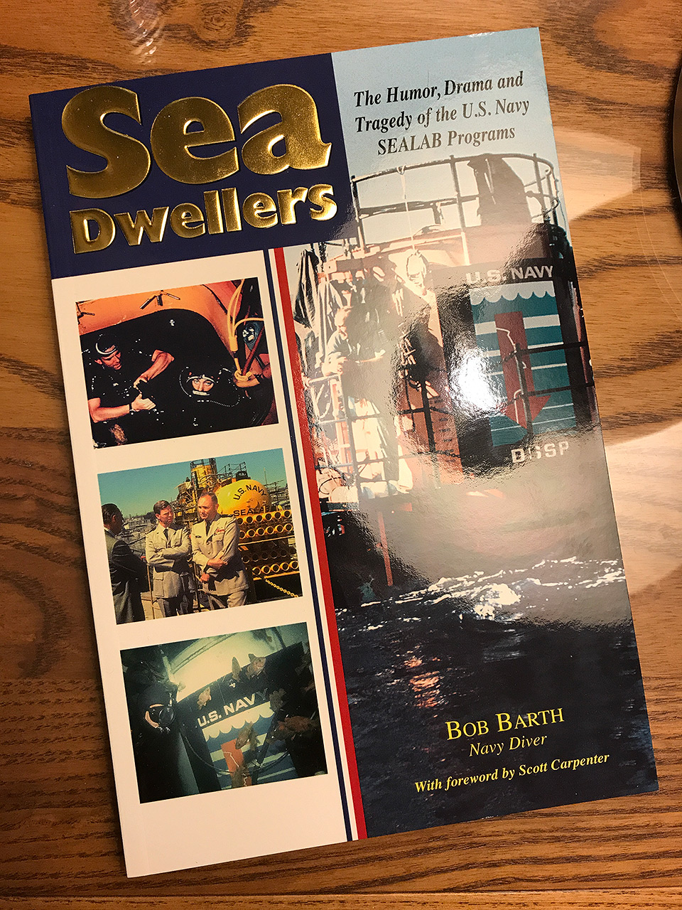 171022-bob-barth-sea-dweller-book-01