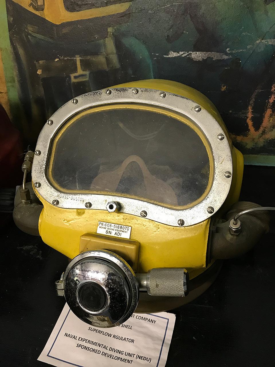 171023-man-in-the-sea-museum-sealab3-helmet