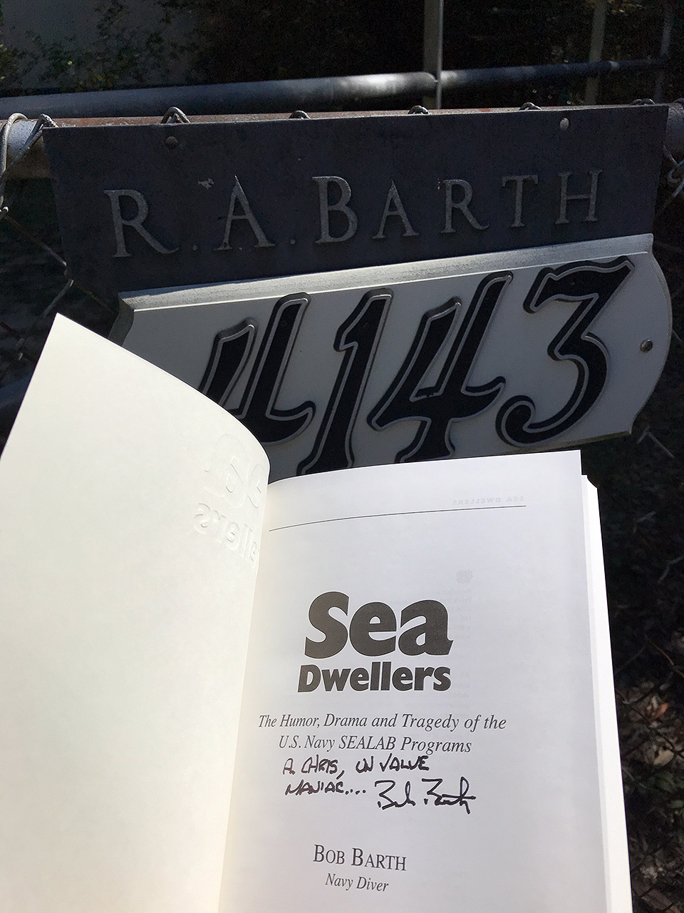 171024-bob-barth-sea-dwellers-dedication