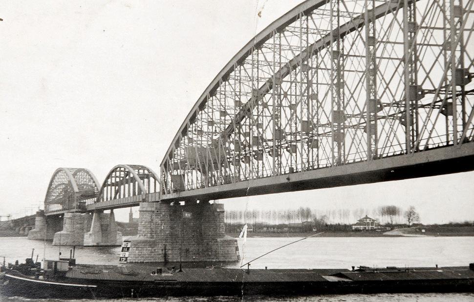 180109-railway-bridge-nijmegen-03