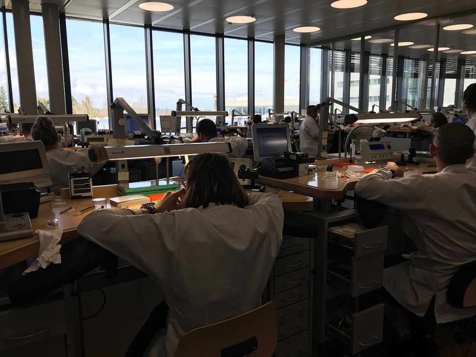 180319-vacheron-constantin-geneva-building-movement-assembly