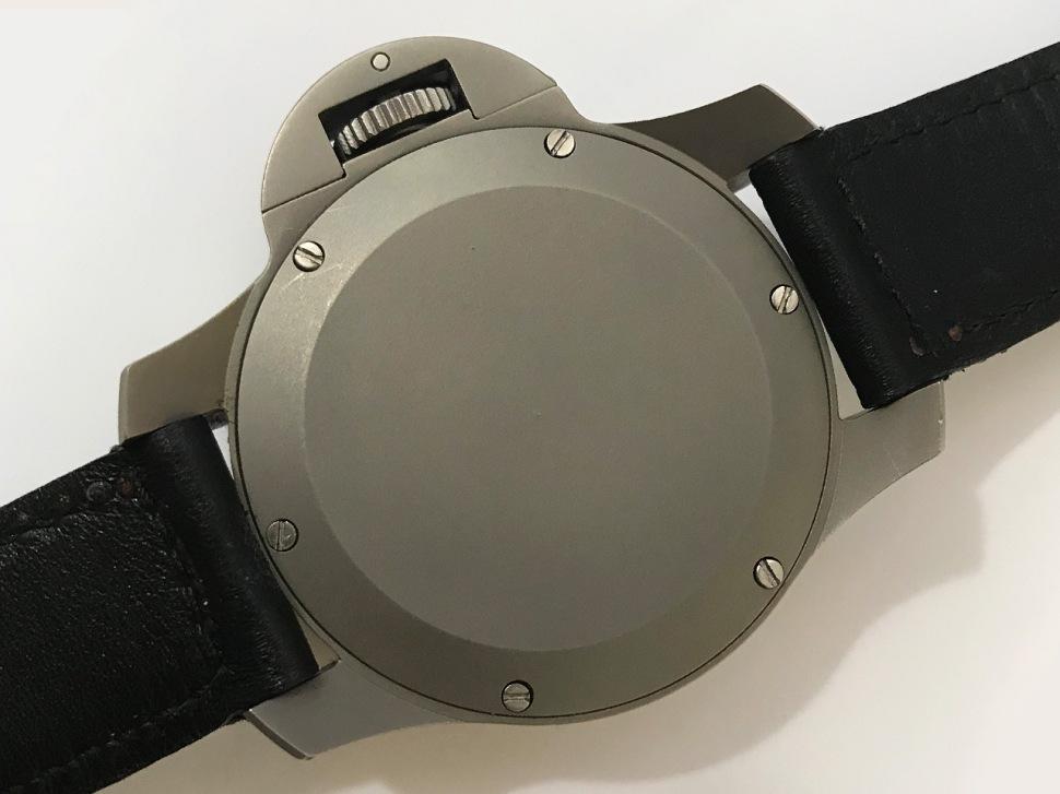 180524-panerai-mille-metri-titanium-sothebys-2018-caseback