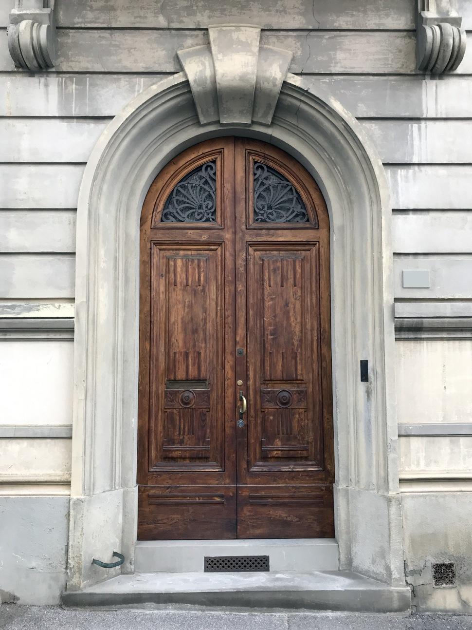 180612-villino-panerai-front-door