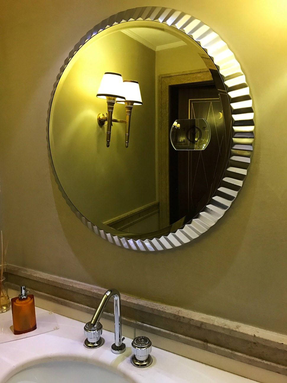 180613-hotel-orologio-florence-mirror
