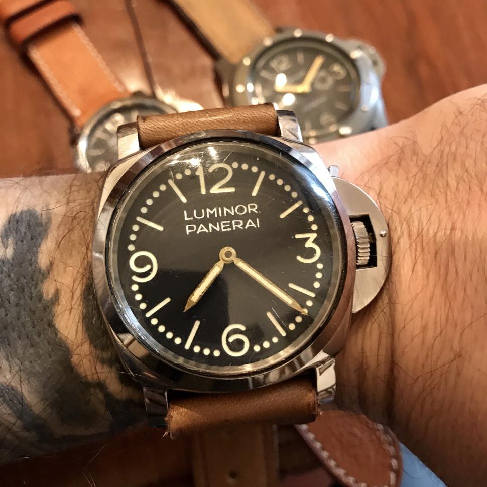 180613-villino-panerai-6152-1-dot-dial-wristshot