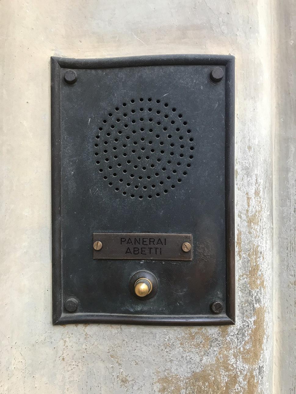 180613-villino-panerai-door-bell-knob
