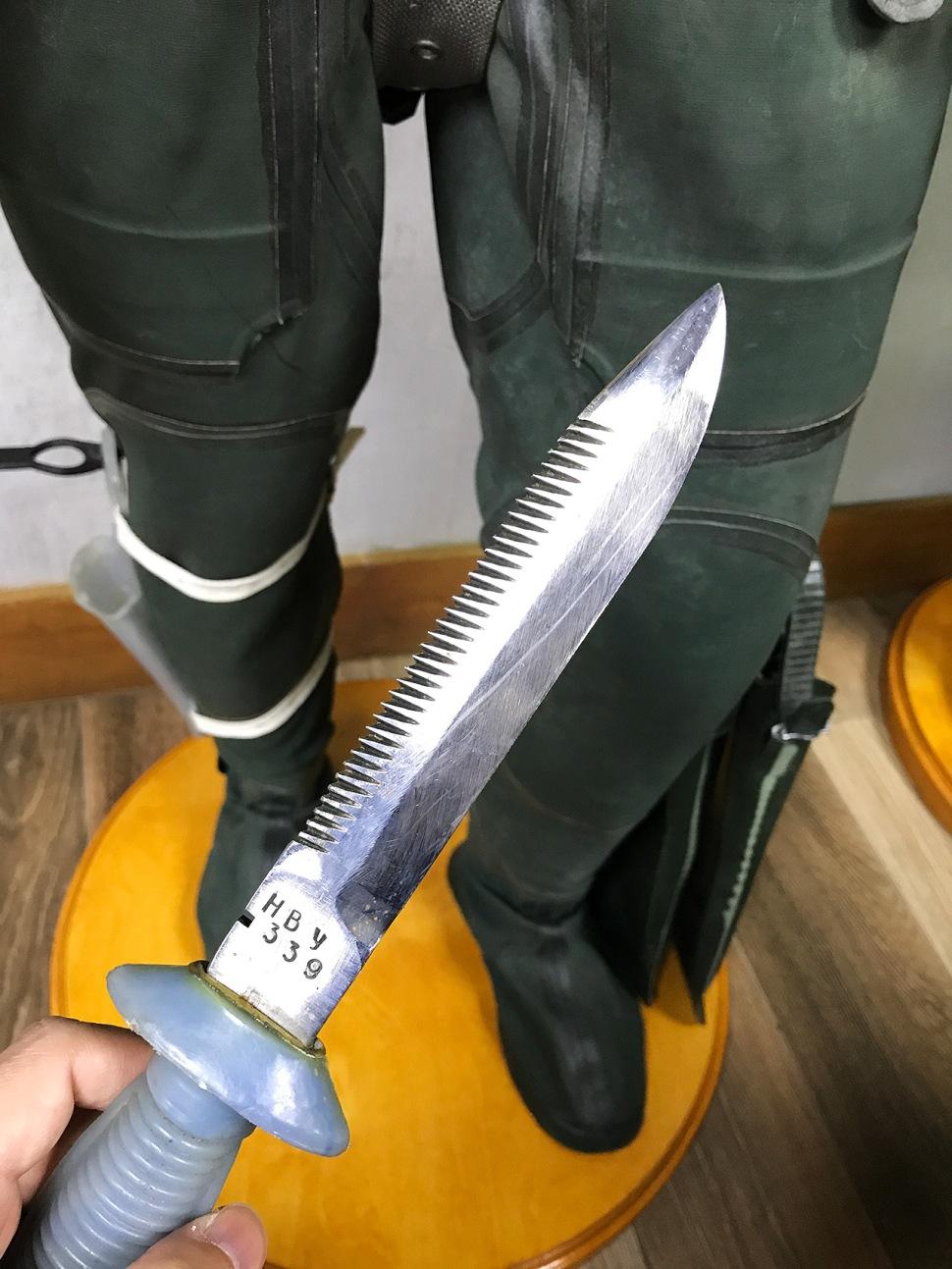 180628-panerai-gtg-moscow-paneristi-club-room-rebreather-IDA-71-knife