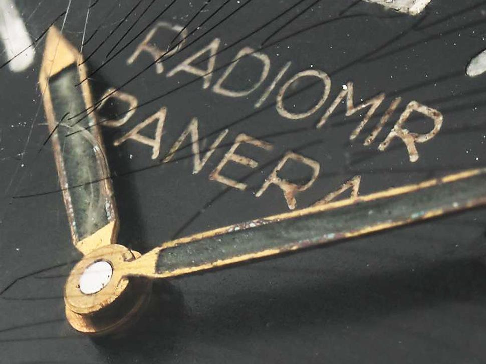 190212-rolex-panerai-6152-956638-hands-detail