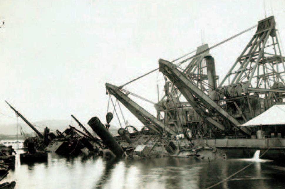 190213-la-spezia-harbour-scutlled-ships-1945