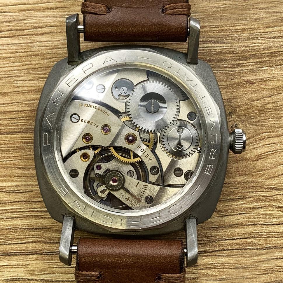 190416-panerai-3646-welded-dots-dial-caseback