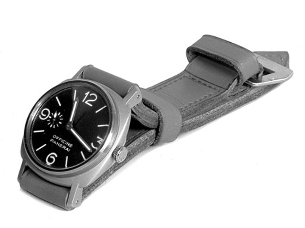 190416-panerai-3646-welded-op-dial-photo-archive