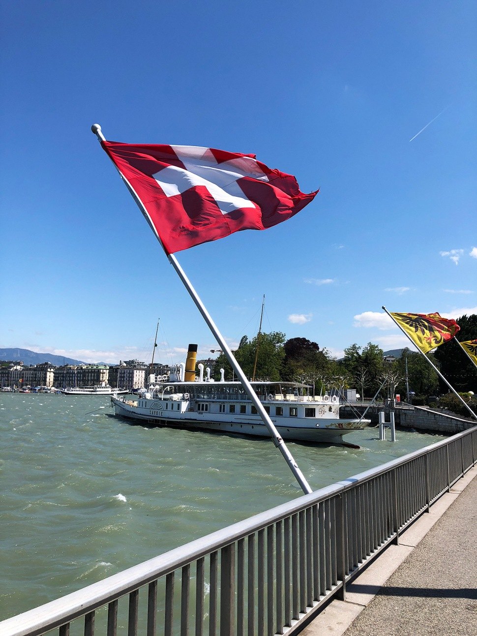 190517-geneva-windy-weather.jpg