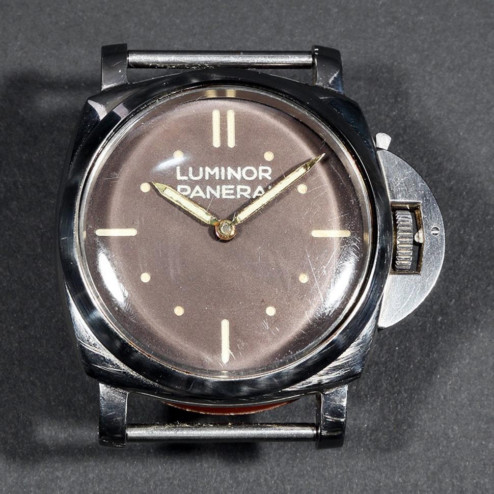 190731-rolex-panera-6152-1-luminor-baton-dial