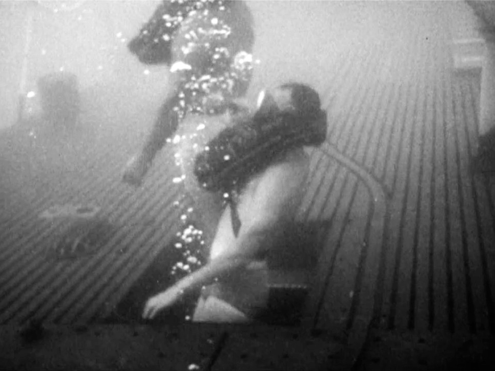 191019-dr-george-bond-cyril-tuckfield-bouyant-ascent-submarine-archerfish-1959