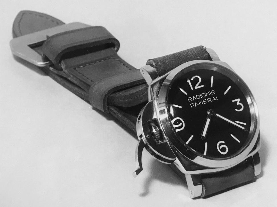 191101-rolex-panerai-6152-1-crown-guard-radiomir-destro-archive