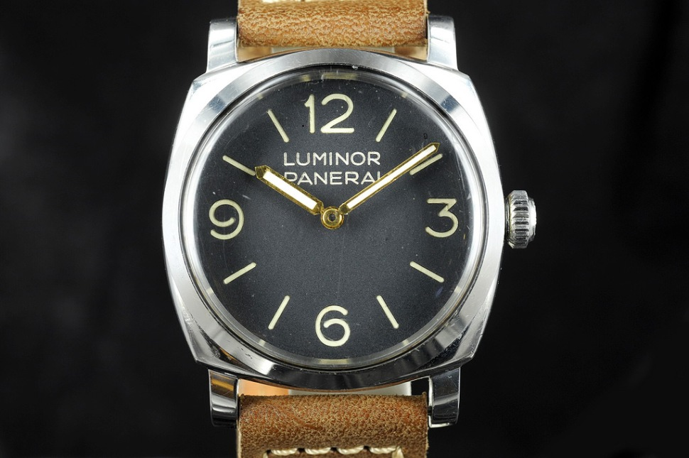 191127-rolex-panerai-6152-1-screw-down-crown-luminor