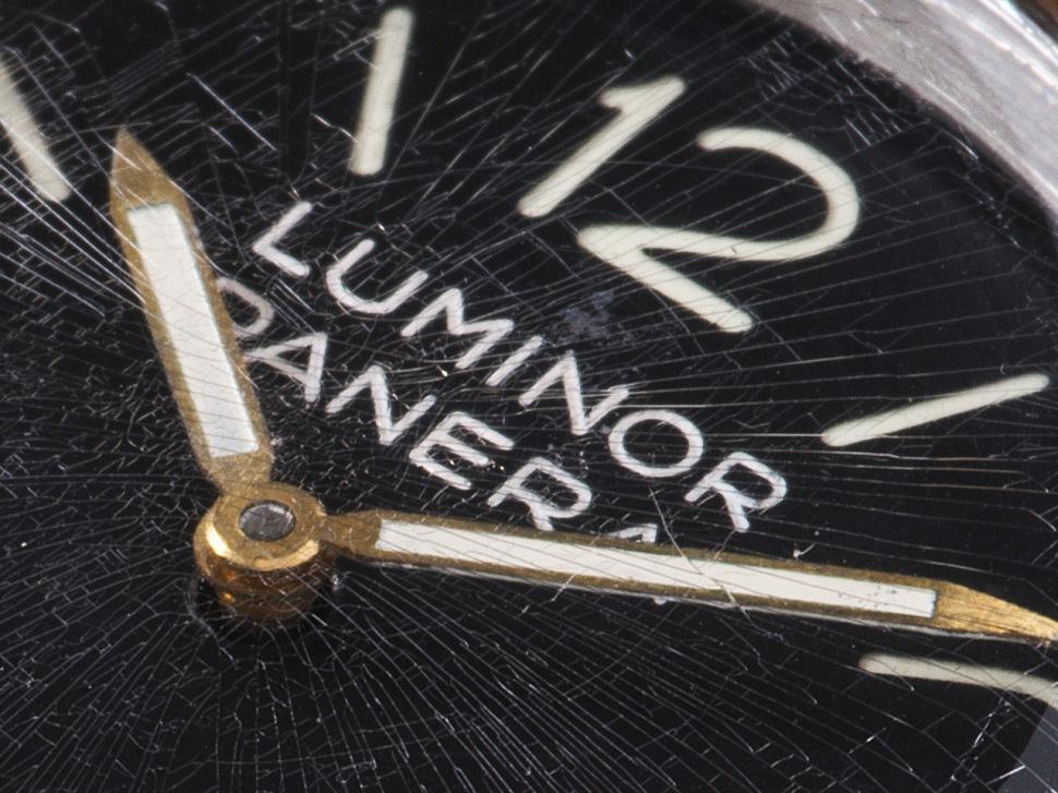 191129-rolex-panerai-6152-1-luminor-dial