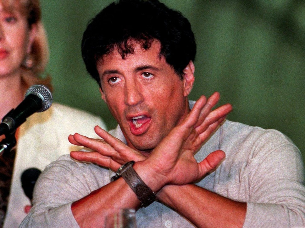 200331-sylvester-stallone-daylight-panerai-luminor-logo-5218-201-a-press-conference