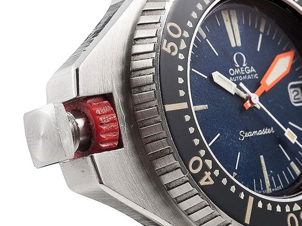 200626-omega-seamaster-600-prototype-red-bolt-screw